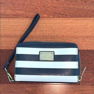 Michael Kors wristlet/ phonecase